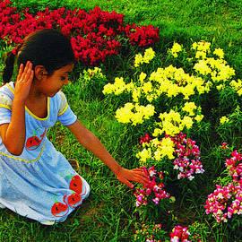 Lenore Senior and Bobby Dar - Little Girl with Flowers