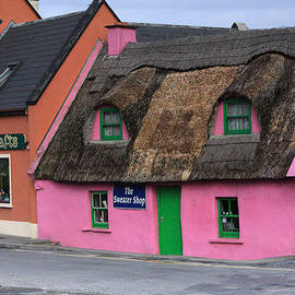 Aidan Moran - Little Pink Cottage