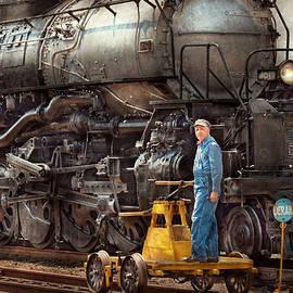 Mike Savad - Locomotive - The gandy dancer