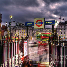 GIStudio Photography - London Blur