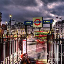 GIStudio Photography - London Blur
