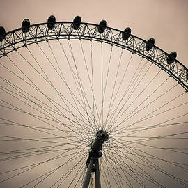 Eti Reid - London eye