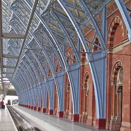 Ann Horn - London St Pancras