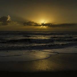 Island Sunrise and Sunsets Pieter Jordaan - Long Delayed Sunrise