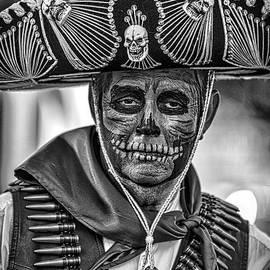 Nicholas  Pappagallo Jr - Look Death in the eyes