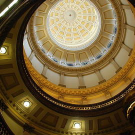 Dany  Lison - Looking up the Capitol Dome - Denver