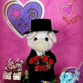 Piggy            - Love and Kisses