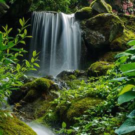 Jordan Blackstone - Love Is Like A Waterfall