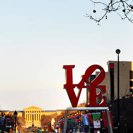 Bill Cannon - Love Statue and the Art Museum