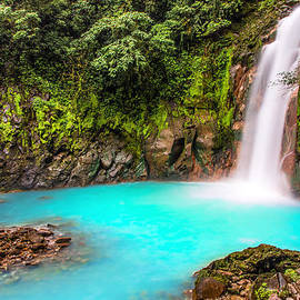 Andres Leon - Lower Rio Celeste Waterfall