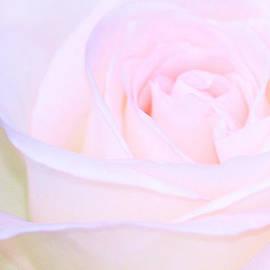 The Art Of Marilyn Ridoutt-Greene - Lullaby