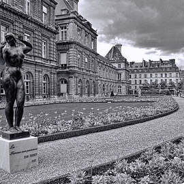 Allen Beatty - Luxembourg Gardens Black and White