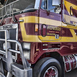 Douglas Barnard - Mack Truck V5