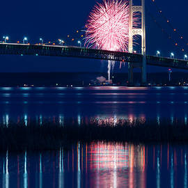 Steve Gadomski - Mackinac Bridge Fireworks
