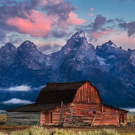 Kirk Strickland - Magenta Morning on Moulton Barn