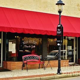 Bob Sample - Main Street Bar And Grille In Walterboro SC