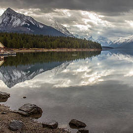 Pierre Leclerc Photography - Maligne Lake Jasper