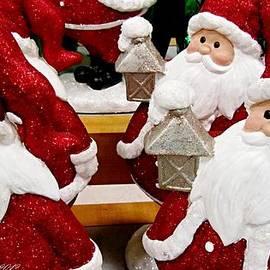 Danielle  Parent - Many Santas With Lanterns