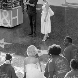 Jennie Breeze - Marilyn Monroe on Hollywood Blvd.BW