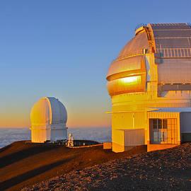 Venetia Featherstone-Witty - Mauna Kea Observatories at Sunset