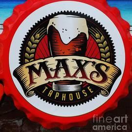 Marcus Dagan - Max