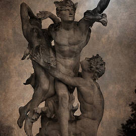 Loriental Photography - Mercury carrying Eurydice to the Underworld
