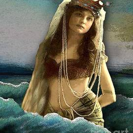 Carolyn Slattery - Mermaid Dreams
