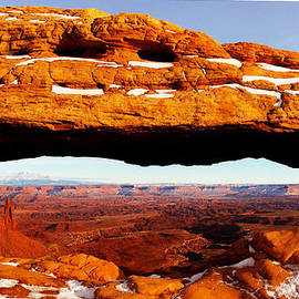 Southwindow Eugenia Rey-Guerra  - Mesa Arch at noon