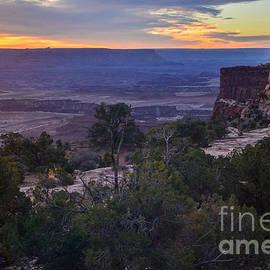 Robert Carney - Mesa Verde Sunrise