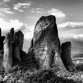 Daliana Pacuraru - Meteora Greece strange rock formation