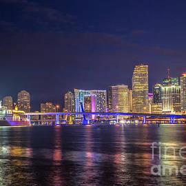 Rene Triay Photography - Miami Downtown Architecture