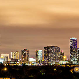 Rene Triay Photography - Miami Downtown Skyline Winter Sky