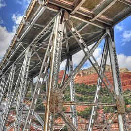Wendy Elliott - Midgely Bridge 2