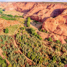 Bob and Nadine Johnston - Miles to Go in Canyon De Chelly