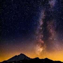 Alexis Birkill - Milky Way over Mount Baker