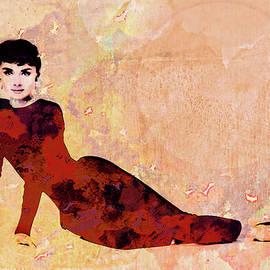Georgiana Romanovna - Minimal Audrey Hepburn