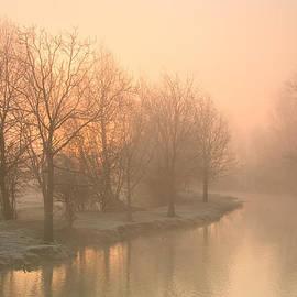 Milan Gonda - Misty Thames.