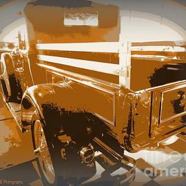 Bobbee Rickard - Model T Truck