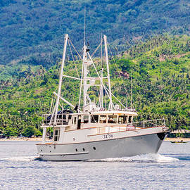 Colin Utz - Modern Sport Fishing Boat Cruising In Tropical Waters