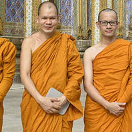 Bob VonDrachek - Monks at the Grand Palace