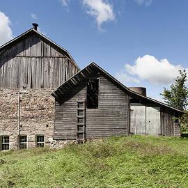 Jon Faulknor - Monks Landing Barn