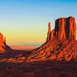 April McNett - Monument Valley