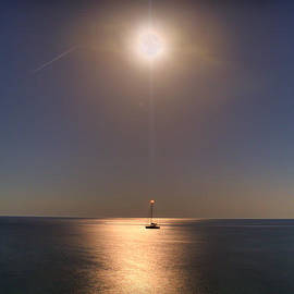 Curtis Radclyffe - Moon over Amante Bay