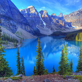 ILIN WU - Moraine Lake and Valley of the Ten Peaks