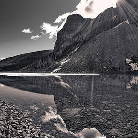 Stuart Litoff - Moraine Lake - Black and White #2