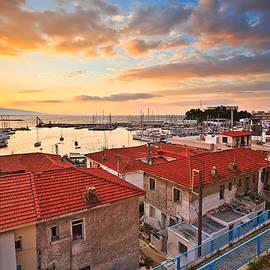 Milan Gonda - Morning Piraeus
