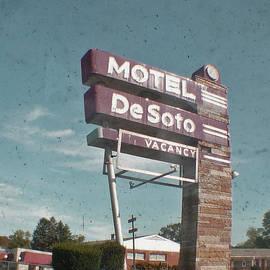 Heather Allen - Motel DeSoto