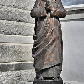 Christine Till - Mother Teresa - St Louis Cemetery No 3 New Orleans