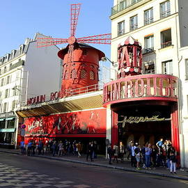 Richard Rosenshein - Moulin Rouge In The Pigalle Area OF Paris France