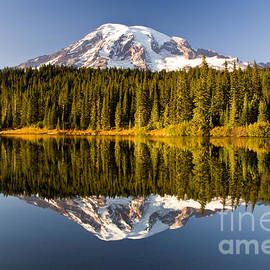 Michael Russell - Mount Rainier from Reflection Lakes